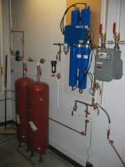 Two ballast tanks are installed after the dryer